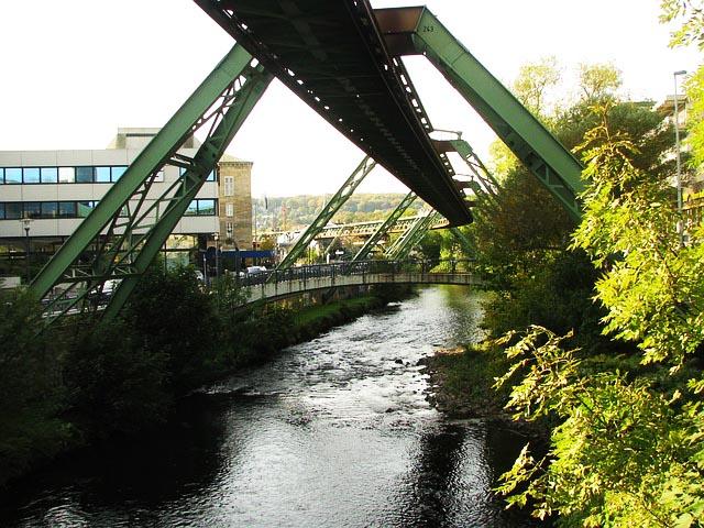 Angelschein Wuppertal Schwebebahn2