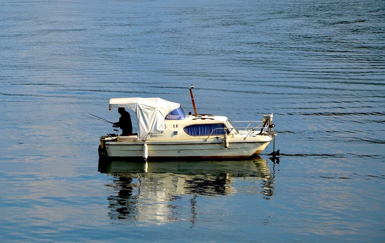 Edersee Angler Boot