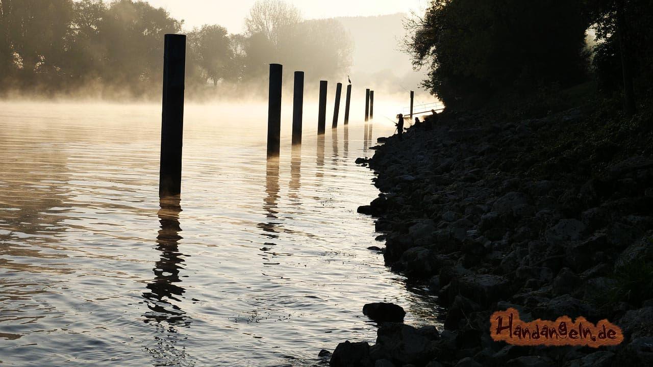 Stör angeln im Winter See Teich